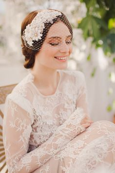 Bridal accessory designer Jannie Baltzer has partnered with luxury cosmetics brand L'eclisse to launch the 'Blushing Bride Giveaway', a fabulous competition Headpiece Wedding, Wedding Veils, Bridal Headpieces, Bridal Gowns, Fascinators, Mod Wedding, Wedding Bride, Wedding Blog, Rustic Wedding