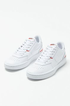 Dream Shoes, New Shoes, White Sneakers, Sneakers Nike, Vintage Sneakers, Hype Shoes, Court Shoes, Sock Shoes, Sneakers Fashion