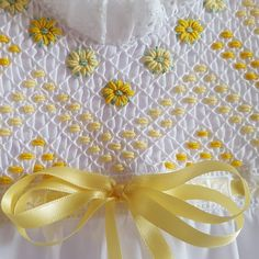Smocking Baby, Smocking Plates, Smocking Patterns, Crochet Patterns, Skirt Patterns, Coat Patterns, Blouse Patterns, Embroidery On Clothes, Rose Embroidery
