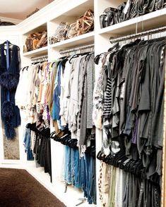 Khloe Kardashian - Design photos, ideas and inspiration. Amazing gallery of interior design and decorating ideas of Khloe Kardashian in bedrooms, closets, bathrooms, kitchens by elite interior designers. Walk In Wardrobe, Master Closet, Closet Bedroom, Closet Space, Master Bedroom, Walking Closet, Khloe Kardashian Closet, Organizar Closet, Closet Vanity