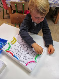 Instead of pom poms, have students write sight words on web. Preschool Centers, Preschool Writing, Montessori Activities, Activities For Kids, Crafts For Kids, The Very Busy Spider, Funky Fingers, Family Day Care, Education Center