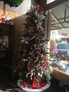 Santa Christmas Tree From The Utah Festival Of Trees Navidad