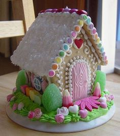 Spring gingerbread house, would be cute for Easter! needs some christmas color and makes a perfect Christmas cookie house. Christmas Gingerbread House, Christmas Cookies, Gingerbread Houses, Christmas Desserts, Christmas Traditions, Gingerbread Cookies, Valentine's Day Sugar Cookies, Cookie House, House Cake