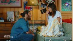 Çay turco: la bevanda calda preferita di Can e Sanem - Erkenci Kuş Turkish Men, Turkish Actors, Cute Love Couple, Love Can, Man Bun, Your Wife, Film Aesthetic, Me Tv, Neon Room
