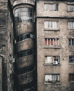 Monjitas, San Antonio, Chile photo by hell-jake via Architecture Details, Interior Architecture, San Antonio, Brutalist Buildings, Unusual Buildings, Abandoned Places, Belle Photo, Construction, Exterior