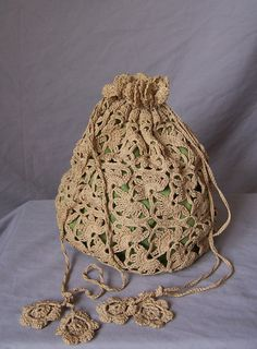 1000+ images about Crochet batwa on Pinterest Sachets, Crochet bags ...