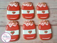 New cookies sugar decorated ideas royal icing ideas Mason Jar Cookies, Fruit Cookies, Sprinkle Cookies, Flower Cookies, Iced Cookies, Mason Jars, Sandwich Cookies, Strawberry Jelly, Strawberry Cookies