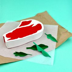 Well crafted paper food by Samuel Shumway. Graduated from Parsons School of Design with a BFA in Illustration, Samuel Shumway is a stop-motion animator, Food Crafts, Diy Crafts, Paper Toys, Paper Crafts, Parsons School Of Design, Sculpture Projects, Paper Illustration, Paper Artist, Paper Folding