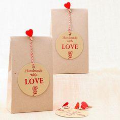Cajitas formato bolsa Homemade for You! #bodas #wedding #favors #DIY http://shop.beautifulbluebrides.com