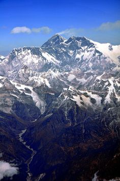 Nepal - Mount Everest & Himalayan Mountains by Ayçin B, via Flickr