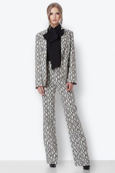 Snake, Duster Coat, Blazer, Pants, Jackets, Fashion, Trouser Pants, Down Jackets, Moda