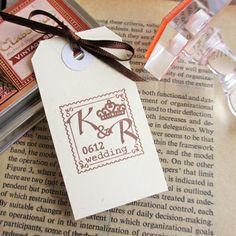 イニシャルロゴスタンプ「ティアラスタンプ」 -招待状や席次表などにオリジナルのイニシャルロゴスタンプ http://www.leafleaf-shop.com/?pid=75296975