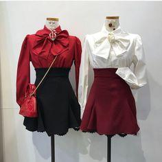 Korean Fashion – How to Dress up Korean Style – Designer Fashion Tips Kpop Fashion Outfits, Ulzzang Fashion, Korean Outfits, Mode Outfits, Chic Outfits, Pretty Outfits, Fashion Dresses, Fashion Youtubers, Kawaii Fashion