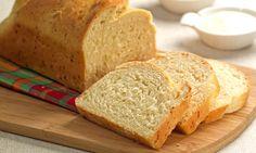 Una manera simple y eficaz de hacer pan en casa sin amasar y económico. Ingredientes: 2 tazas de harina de trigo integral. 5 gramos de Levadura. 2 cucharadas de azúcar 300 ml de leche tibia ½ cucharadita Sal 2 Huevos 50 ml de aceite Manteca Modo de preparación: Mezcle 3 cucharadas de harina de trigo … Pan Bread, Cooking Recipes, Healthy Recipes, Lactose Free, Sin Gluten, Flan, Cornbread, Banana Bread, Tasty