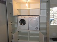 Waschmaschine – schön versteckt in einem Schrank | Schränke-Studio