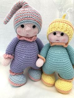 My first cuddly knitting pattern from Gypsycream - . : My first cuddly knitting pattern from Gypsycream – Knitted Doll Patterns, Knitted Dolls, Crochet Toys, Crochet Patterns, Knitted Baby, Crochet Baby, Knit Crochet, Knitted Headband, Baby Knitting Patterns