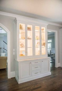 99 Romantic White Kitchen Cabinet Decor Ideas - Page 73 of 99 Kitchen Cabinets Decor, Cabinet Decor, Kitchen Cabinet Design, Cabinet Ideas, Kitchen Ideas, Kitchen Pantry, Crockery Cabinet, Dining Cabinet, China Cabinet Display