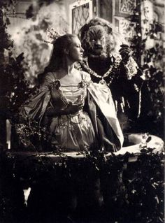 La Belle et la Bête ~ Jean Cocteau (1946)...Josette Day, and Jean Marais....French filmaking at it's best !