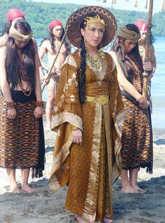 Pre-colonial Hara (Queen) Visayan clothing