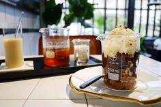 【台北】公館 好氏研究室 在實驗室裡喝咖啡做實驗‧冰杯甜點♥