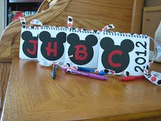 cute diy disney autograph books and other awesome ideas for a Disneyland trip!!