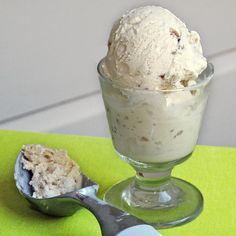 Easy, No Egg, Maple Walnut Ice Cream