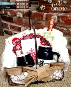 DIY gift ideas - indoor winter picnic basket! Great non-toy gift for families