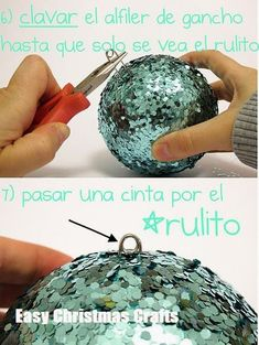 Cheap, easy DIY Christmas balls Rachel Burruss Check out this safetypin idea! Cheap, easy DIY Christmas balls Rachel Burruss Check out this safetypin idea! Christmas Crafts To Make, Noel Christmas, Diy Christmas Ornaments, Homemade Christmas, Christmas Projects, Simple Christmas, Holiday Crafts, Christmas Gifts, Christmas Decorations