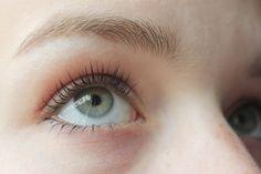 #6581 Mineral Volume Mascara Black http://www.eyeslipsface.nl/product-beauty/minerale-volume-mascara