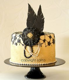 If there's ever a time someone gets me a cake, I want this! It literally made me squeal lol.