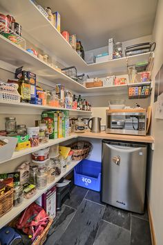 p/cuisine-la-naturelle-walk-in-pantry-buanderiegarde-manger-cuisinela-naturelle-pantry - The world's most private search engine Pantry Shelving, Pantry Storage, Closet Storage, Kitchen Pantry Design, Interior Design Kitchen, Kitchen Decor, Pantry Room, Walk In Pantry, Ikea Pantry