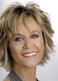 Short Shaggy Bob Layered Hairstyles Women' s Synthetic Hair Wigs With Banges Wavy Capless Wigs Short Hairstyles Fine, Bob Hairstyles With Bangs, Layered Bob Hairstyles, Loose Hairstyles, Short Haircut, Summer Hairstyles, Braided Hairstyles, Medium Fine Hair, Medium Hair Cuts