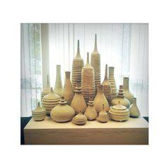 HECHO a orden gran colección de 15 gres botellas por sarapaloma