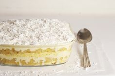 Christmas around the world: Pineapple ice cream cake from Brazil. A tasty and refreshing recipe for the end of year festivities.