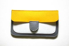 Felt Coin Purse Wallet Tutorial. How to sew a stylish and compact purse