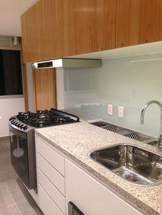 Home Design Decor, Home Interior Design, Diy Home Decor, House Design, Kitchen Interior, New Kitchen, Kitchen Sink Design, Kitchen Modular, Black Kitchens