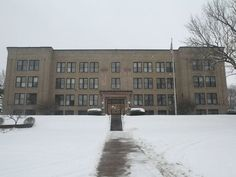 nazareth academy rochester ny | The Nazareth Academy building on Lake Avenue in Rochester, seen in ...