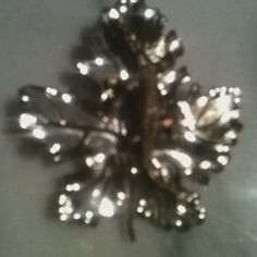 Vintage Unique With Signature Clip Has A Crocodile Laying In A Leaf  #shopsmall BUY NOW $49.99