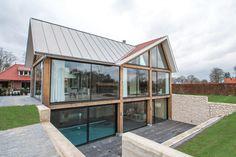Wonen 16 - Bekhuis & KleinJan Steel Frame Construction, Bungalow, Earthship, New Builds, Tiny House, Architecture Design, House Plans, Cottage, House Design