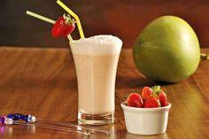 Smoothie de Água de Coco e Iogurte