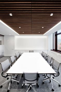 Interior Amazing Office Meeting Room Design With