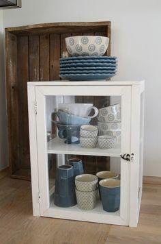 Design & After Casablanca, Shabby, Bella Rose, Blue Design, China Cabinet, Bathroom Medicine Cabinet, Storage, Table, Furniture