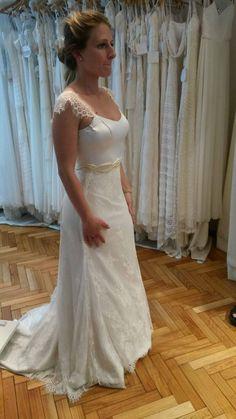 Evelyn by Las Demiero : www.lasdemiero.com  https://web.facebook.com/demiero/ #lasdemiero #bodas #novias #vestidodenovia #vestidossirena #vestidosbordados #casamientos #noviavintage
