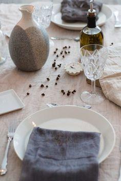 Scandinavian tablesetting by Nellaino
