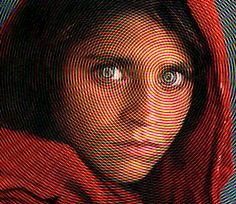 Take a look at this amazing Afghan Girl Optical Illusion illusion. Browse and enjoy our huge collection of optical illusions and mind-bending images and videos. Optical Illusions For Kids, Funny Illusions, Eye Illusions, Optical Illusion Gif, National Geographic Cover, Trippy Pictures, Crazy Pictures, Eye Tricks, Trippy Gif