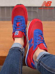484ff69212 A(z) Sportcipő nevű tábla 19 legjobb képe   Office shoes, Shoes ...