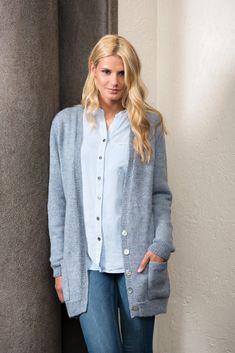 DG306-19 Lang jakke   Dale Garn Denim Button Up, Button Up Shirts, Knitting, Pattern, Sweaters, Tops, Women, Design, Fashion