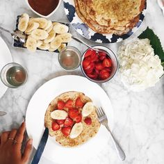 Rive and Quinoa Crepes, Apricot Jam, Strawberries, Bananas, Gluten Free Crepes… What's For Breakfast, Breakfast Recipes, Fruit Crepes, Gluten Free Crepes, Tasty Pancakes, Gluten Free Breakfasts, Food Pictures, Food Pics, Food Design