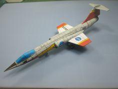 "F-104 Starfighter ""Chase plane"""