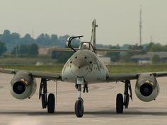 Me-262 4